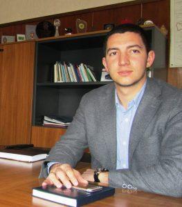 Антон Долапчиев